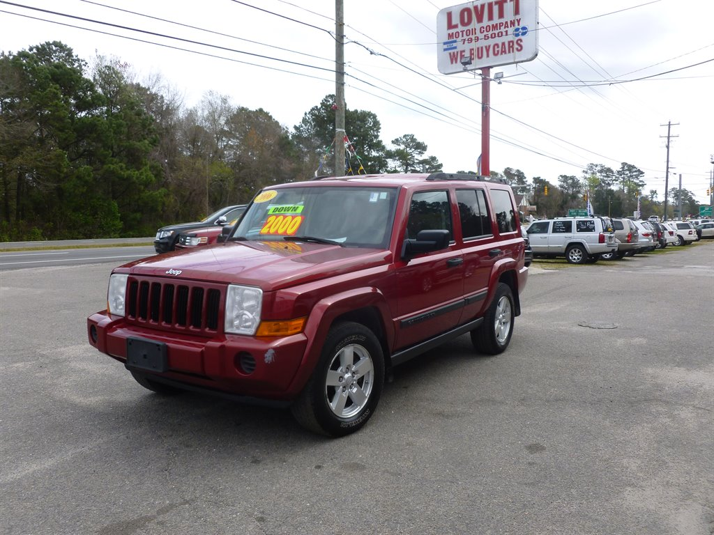 !!WOW!! AUTOMATIC, AM/FM/CD PLAYER, EXTRA CLEAN, 3RD ROW SEAT, 4X4, LOOKS AND RUNS GREAT, ONLY 88-K-MILES! CALL TODAY FOR MORE DETAILS @ 910-799-5001